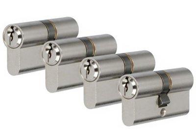Set van 4 Veiligheidscilinders S2 SKG** 30/30