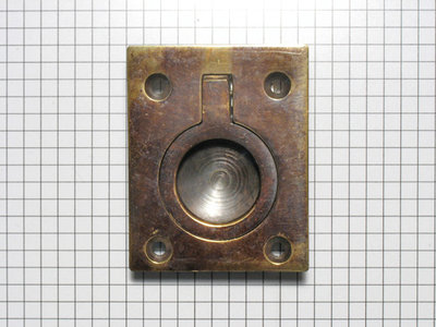 Luikring engels, messing antiek 64x51mm
