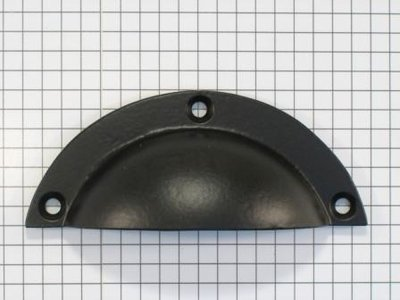 Komgreep massief ijzer zwart midden maat 85 mm