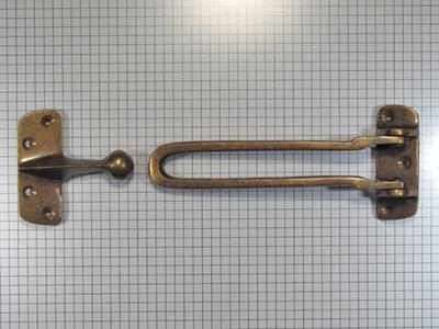 Kierstandhouder, brons antiek