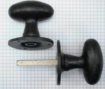 Deurknopset draaibaar zwart op rozet van 60 mm