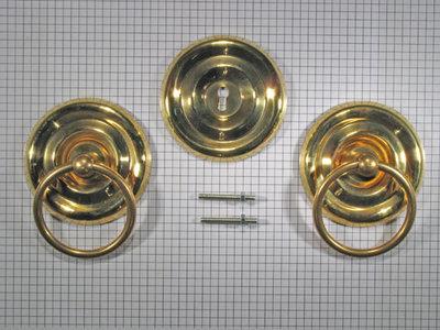 Set kabinetbeslag geelmessing met massieve ring