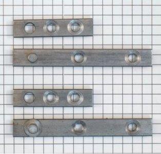 Set à stuks speunen 70 mm blank ijzer. Dikte 4 mm