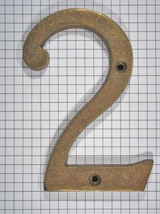 Cijfer 2, groot, brons antiek