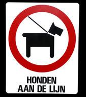 Kunststof aanduidingsbord honden aan de lijn