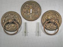 Set ringbeslag messing antiek, bewerkt