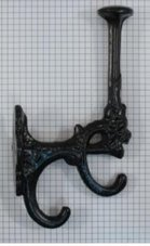 Kapstokhaak-dubbel-ijzer-zwart-180-mm